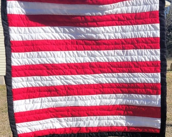 Handsewn Quilt- Cotton Wallhanger- Artistic Quilted Wallhanger- Red and White- Stripes-Gee's Bend Quilt