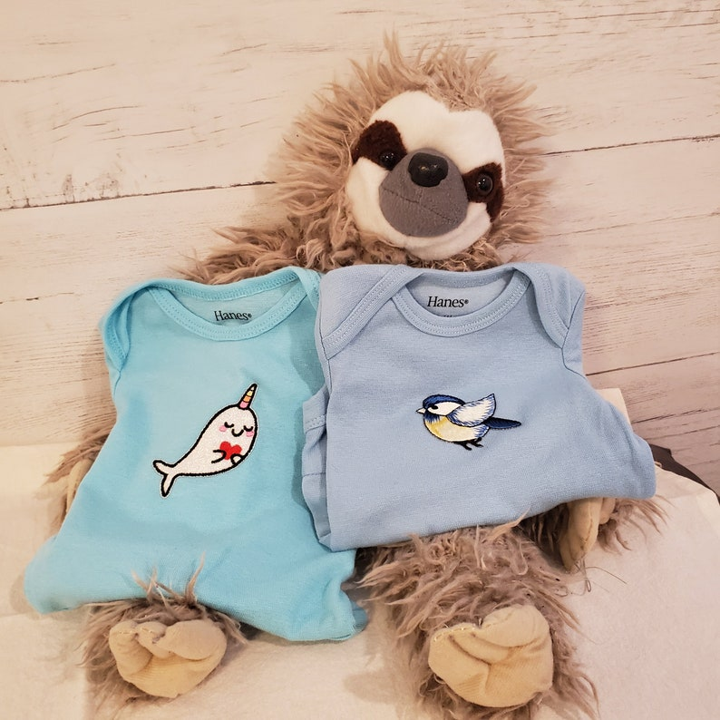 Baby bodysuit with bird or narwhal applique 0-6 mos