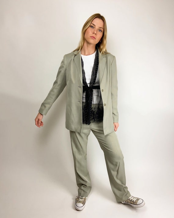 Slouchy Trouser Suit in Grey
