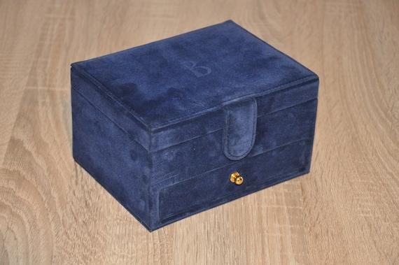 Boucheron VELVET JEWELLERY BOX, Vintage, Very Rare