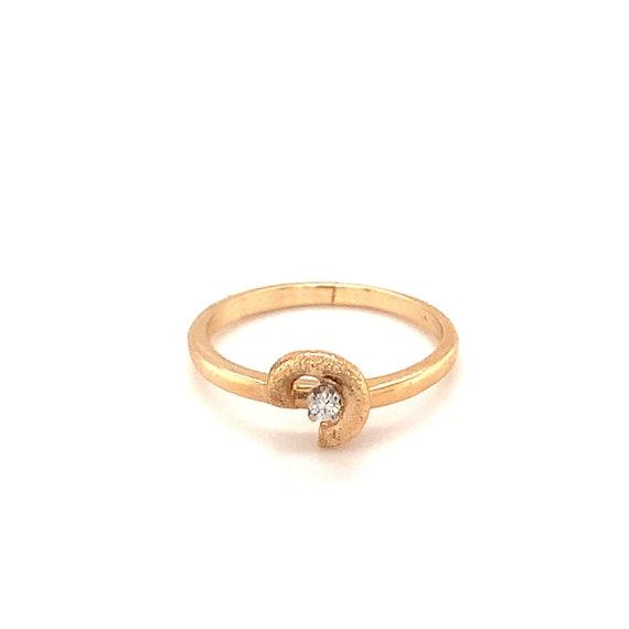 Sweet Swirl Motif Diamond Ring in 14K Yellow Gold