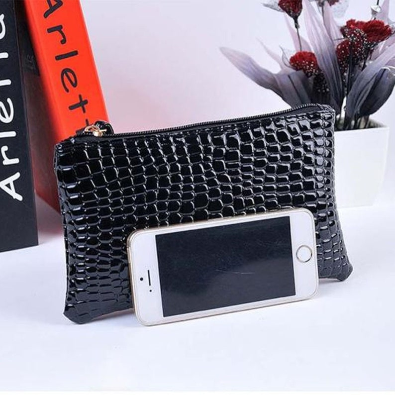 Women Crocodile Leather Clutch Female Solid Color Zipper Small Handbag Coin Purse Wallets Ladies Wristband Shoping Phone Bag