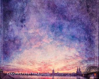 Himmel & Köln - Cologne Shilouette at sunset, photography as A Fine Art Print