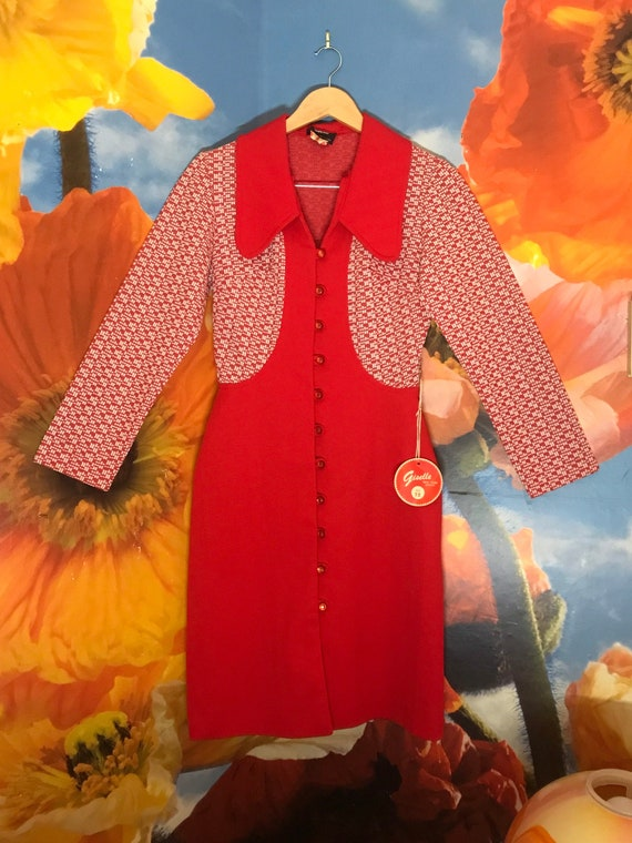 ICONIC DEADSTOCK 1960s Mod Psychedelic Red Jumper