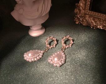 Pearls dangle earrings vintage style Vintage earrings flower wreath earrings Valentines gift
