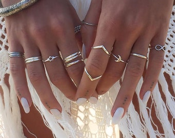 Set of 12 rings silver-colored