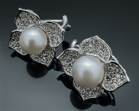 Diamond Pearl Earrings,18K White Gold Earrings