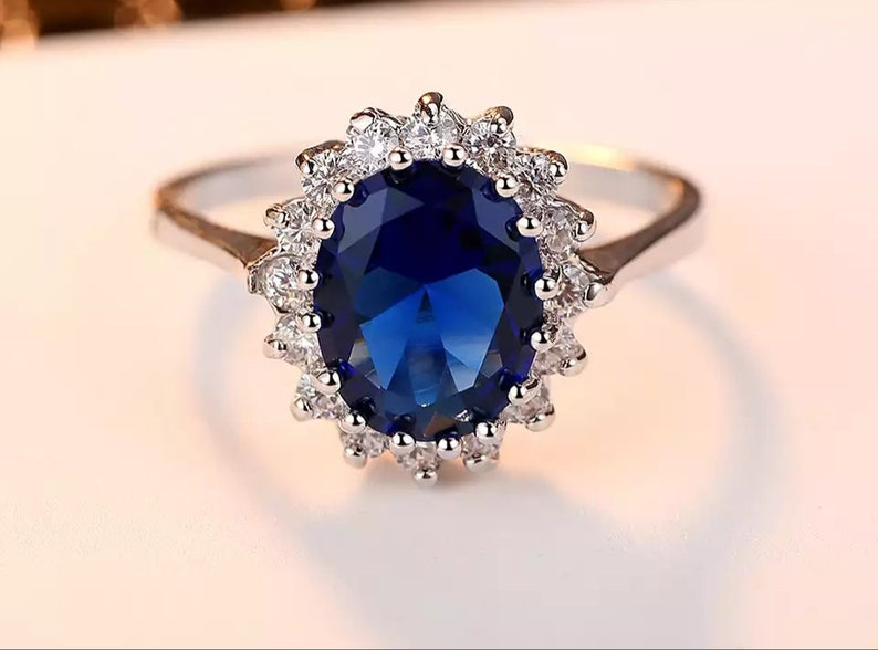 Zirconia Transparent Noble engagement,Ladies Ring,Exquisite Jewelry,Vintage Style ring,white metal,red blue stone, Art Deco Wedding Ring