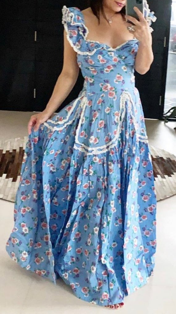 1930's Floral Goodness