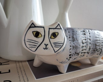 Lisa Larson SINGLE gray cat katt - contemporary pottery cat - Length 25 cm - Ceramic Studio Gustavsberg (2nd brown cat only for reference)