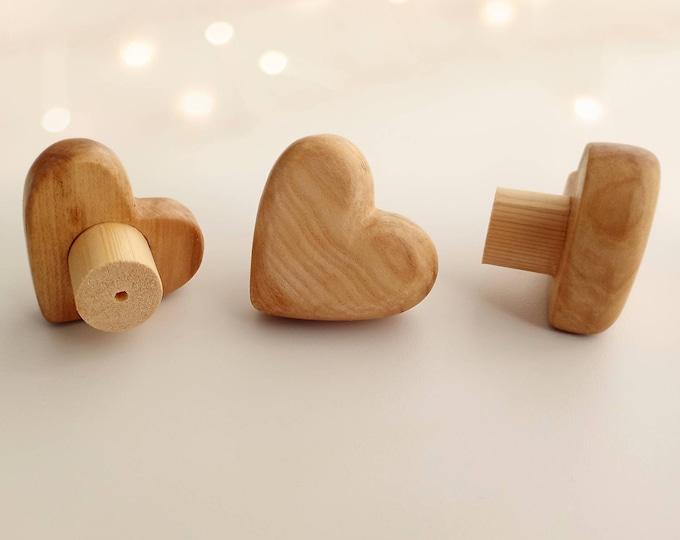 Wood Drawer Knobs Heart Knobs Boho Drawer Knobs, Natural Knobs for Dresser, Wood Dresser Knobs Nursery Decor Nursery Knobs Kids Drawer Pulls