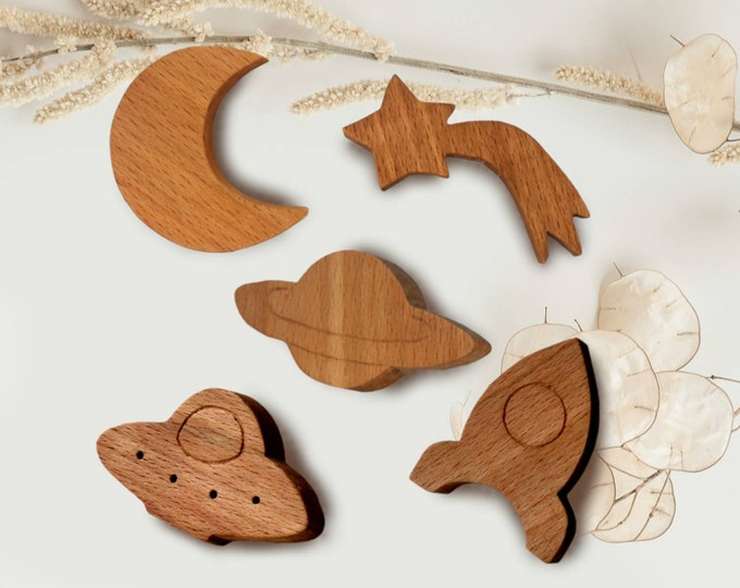Wood Knobs Set of 6, Natural Knobs, Beech Wood Knobs, Space Themed Nursery, Nursery Knobs For Children's Drawers, Solar System Drawer Knobs