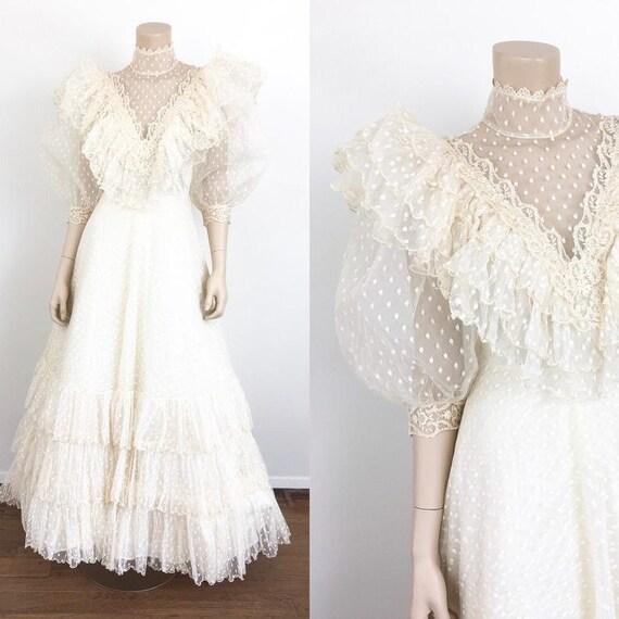 Vintage 1970's Victorian Prairie Style Wedding Dre