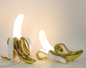 TL-11116 Table Lamps Seletti Banana Desk Lamp Stunning Gold Banana Table Lamps, Gold resin. Wow-factor home lighting