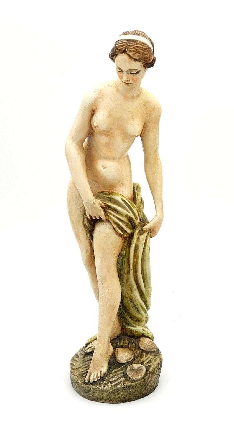 Helen of Troy vintage ivorina statuette 1960