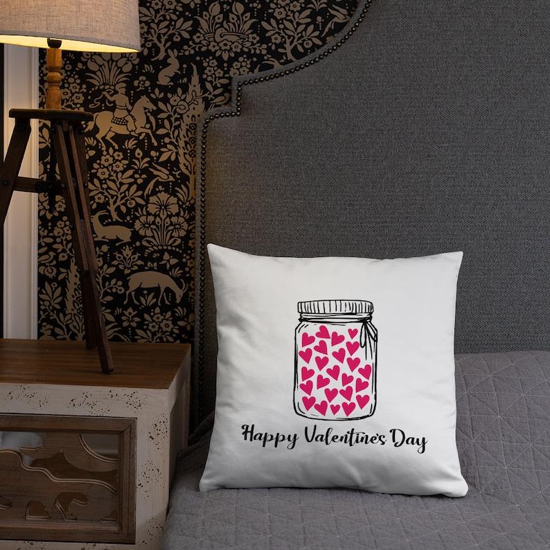 Hearts Pillow Valentine/'s Day Decor Valentine/'s Day Throw Pillow Happy Valentine/'s Day Pillow Love Pillow Cover