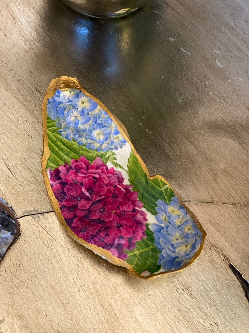 Hydrangeas extra large jewelrytrinket oyster dish