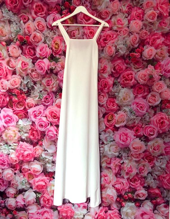 White 1970s vintage maxi dress