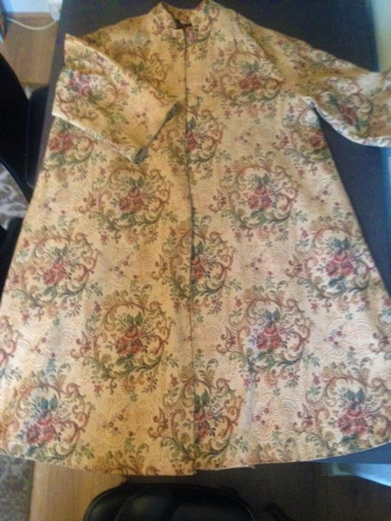 Vintage tapestry swing coat
