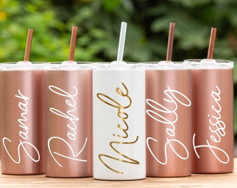 Bridesmaid Tumbler Personalized Tumbler with Straw Bridesmaid Gift Custom Tumbler Bachelorette Party Favor Insulate Cup Bridesmaid Proposal