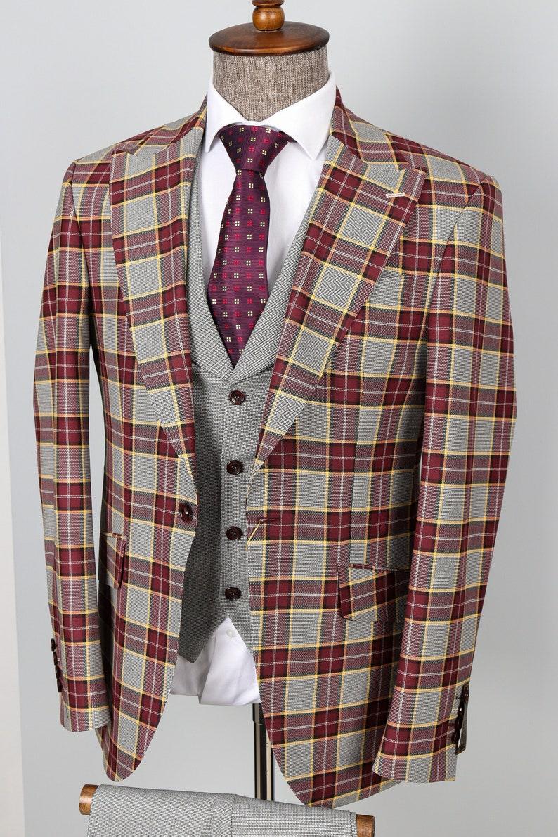 1970s Men's Suits History | Sport Coats & Tuxedos One Button Peak Lapel Checked & Flap Pocket 3 Piece Men Suit $160.00 AT vintagedancer.com