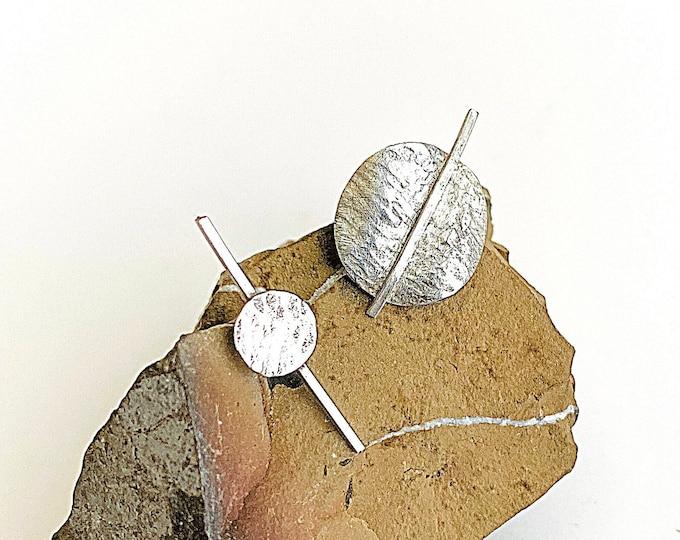 Sterling Silver mismatch earrings, curved disc circle post earrings, minimalist stud earrings, round hammered stud, asymmetrical earrings