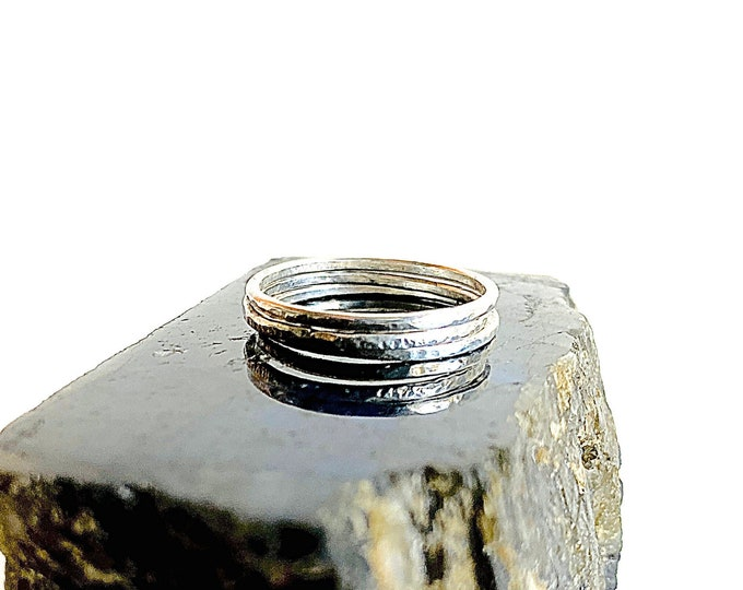 Sterling Silver stackable ring, hammered Silver midi ring, delicate lightweight ring, cool minimalist jewelry