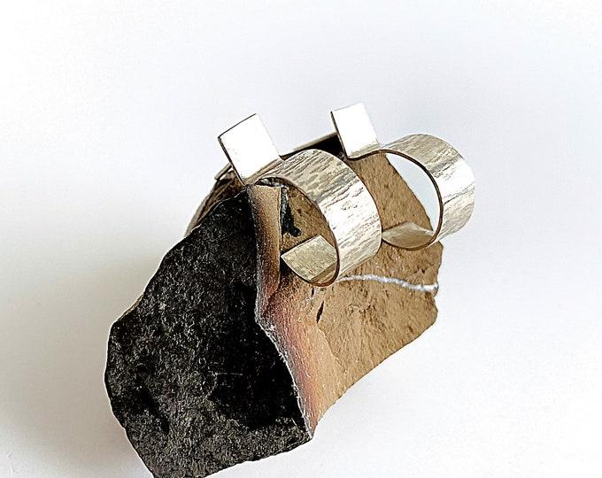 Hoop stud earrings with hammered and smooth silver, open hoop earrings, square post earrings, minimalist statement earrings, circle earrings