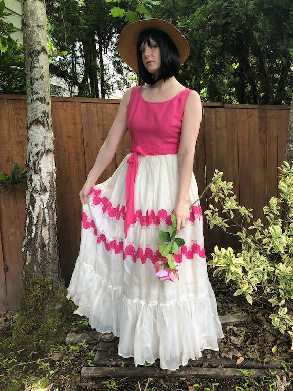 Handmade Cottagecore Vintage Dress 1950s-1960s