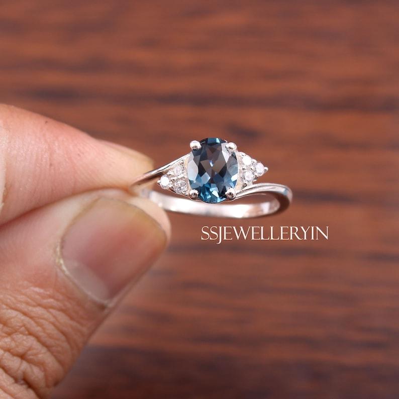 Zircon Ring Engagement Ring Statement Ring Wedding Ring Topaz Ring Natural Topaz December Birthstone London Blue Topaz Vintage Ring