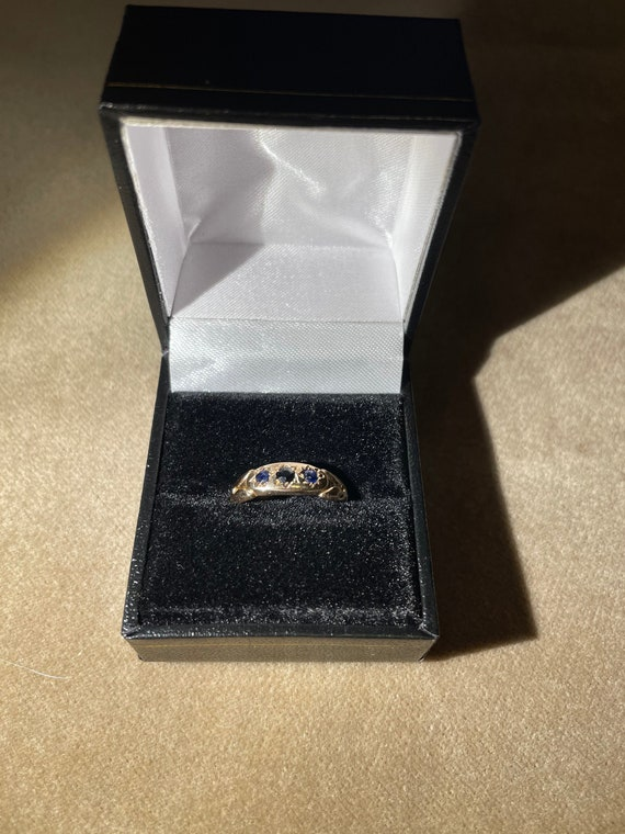 Victorian Gold and Sapphire ring size 7-7.5