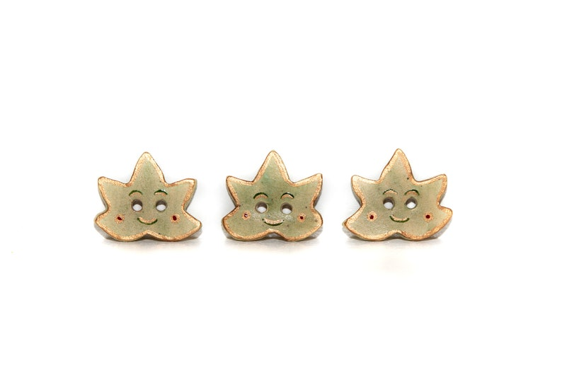 3 buttons ceramic sheets P/'tits cute leaves 3 ceramic buttons