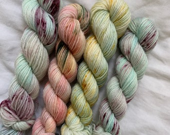 Hand dyed yarn - all the speckles 4 x 100g