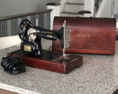 Singer Sewing machine in Bentwood case built in St John s factory Quebec 1948-1954
