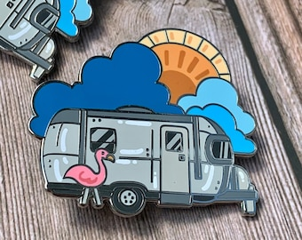 Enamel Pin Airstream Vintage Trailer / Globetrotter / Flying Cloud / Retro Trailer Airstream / Camper Apparel / Camping Accessories