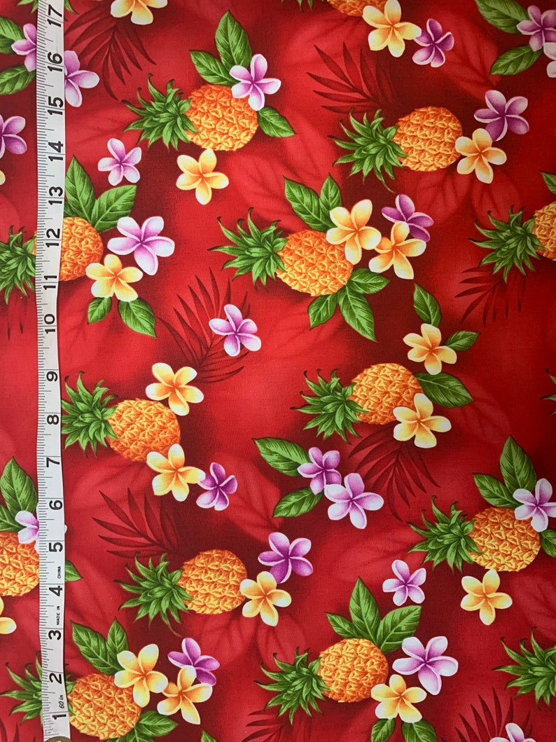 Fat Quarter Cut to Order 100/% Cotton Hawaii Plumeria and Pineapple Fabric on Red
