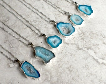Red Blue Onyx Agate Druzy Geode Freeform Pendant Necklace
