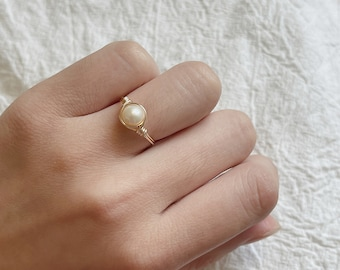 Pearls Jewelry Sterling Silver Minimalist Pearl Gold Ring Handmade Jewelry Engagement Ring Pearl Solitaire Ring Birthstone Ring