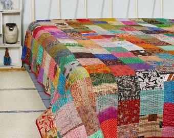 Vintage Kantha Quilt Handmade Blanket Quilt Bedspread Throw Cotton Kantha Gudari king size Bedding Bed Cover Patchwork Print