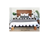 Gorgeous Moroccan Pom Pom Throw Soft Cozy Cotton Moroccan Blanket Black and White strippes blanket