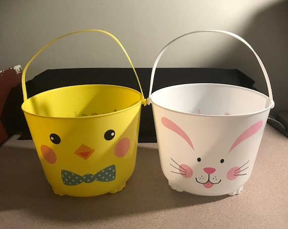 Personalized Plastc Easter Baskets