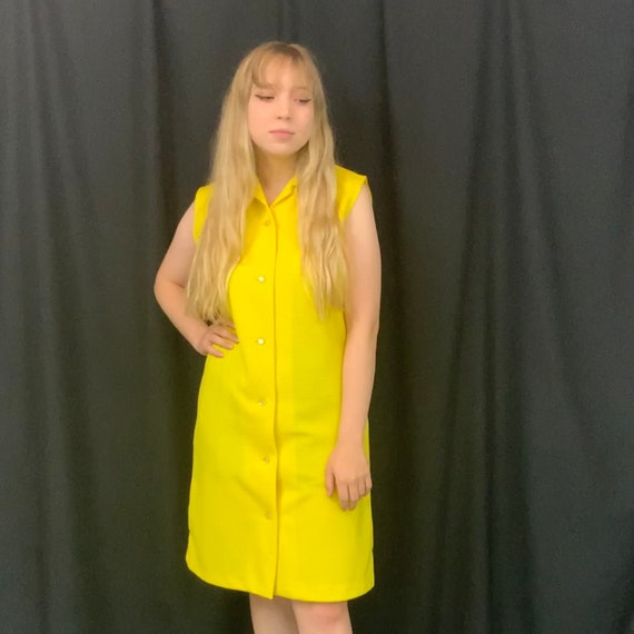 Primstyle Vintage bright yellow 1960s style polye… - image 1