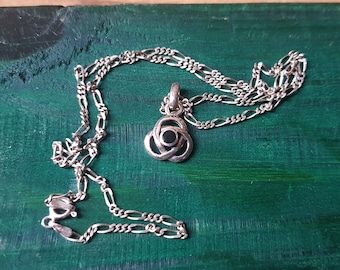 Kit Heath Celtic silver pendant with chain - Trinity knot with onyx , 925 silver, from 1998