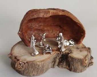 Miniature nativity in walnut shell, wooden nativity scene meaningful Christmas gift
