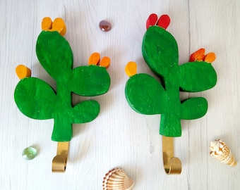 Wooden succulent hanging coat hook, prickly pear cactus kids wall hook hanger, plant key holder desert plant decor