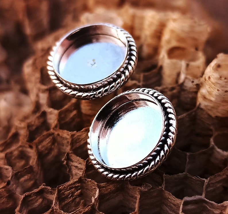 4mm to 25mm Round 2mm deep Twisted Wire Bezel Stud,For Resin work /& GemStone Setting,925 Sterling Silver Stud Silver Bezel,Back openclose