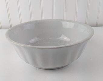 Ironstone Bowl Alfred Meakin England