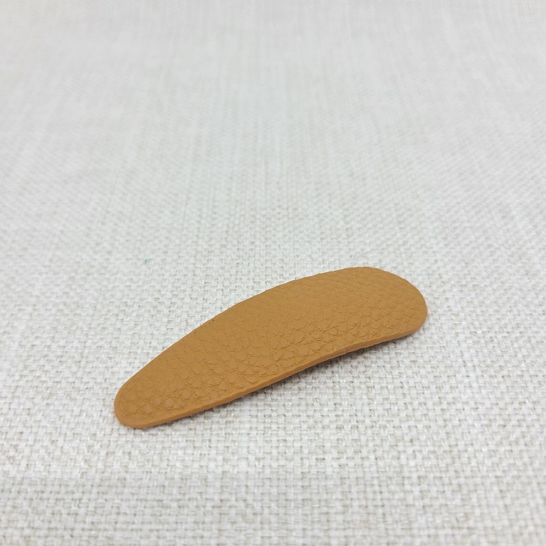 Modern and Classic New Feather Shape Genuine Leather Hair Claw Thick and Thin Hair Hair Clips Easter Daily Hair Accessories