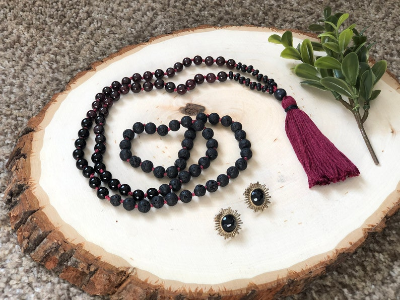 Quartz /& Cat Eye The Perfectly Passionate Mala  PASSION \u2022 GROUNDING \u2022 BALANCE  Red Garnet Black Lava 8mm Beads Jasper