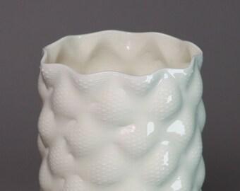 Porcelain vase #518